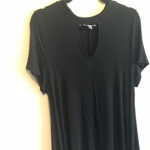 Women black top with key whole front size XL.